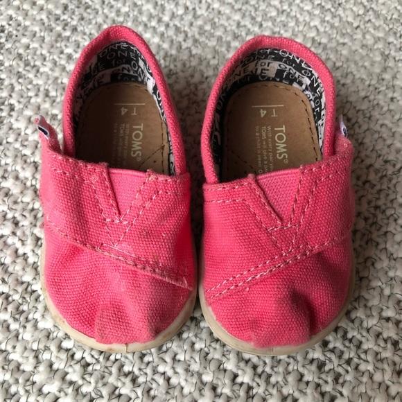 Toms Shoes | Tiny Classic Canvas Size 4